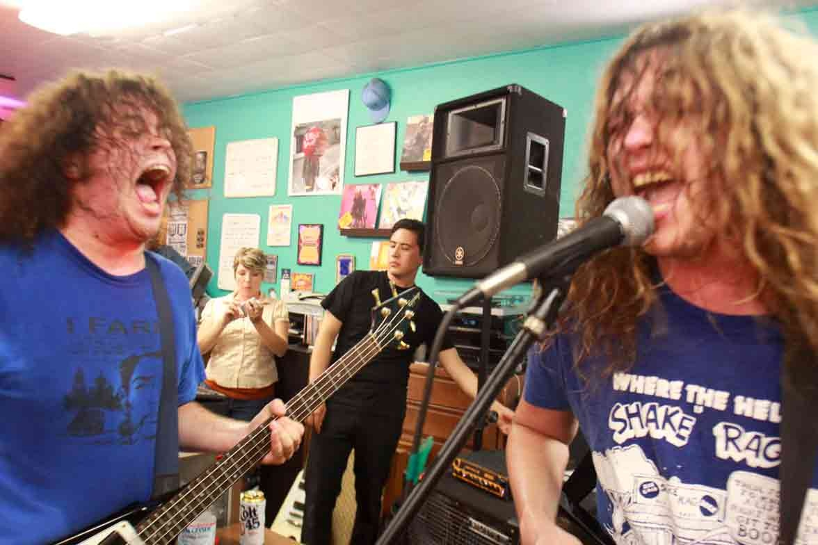 Jay Reatard in-store photo