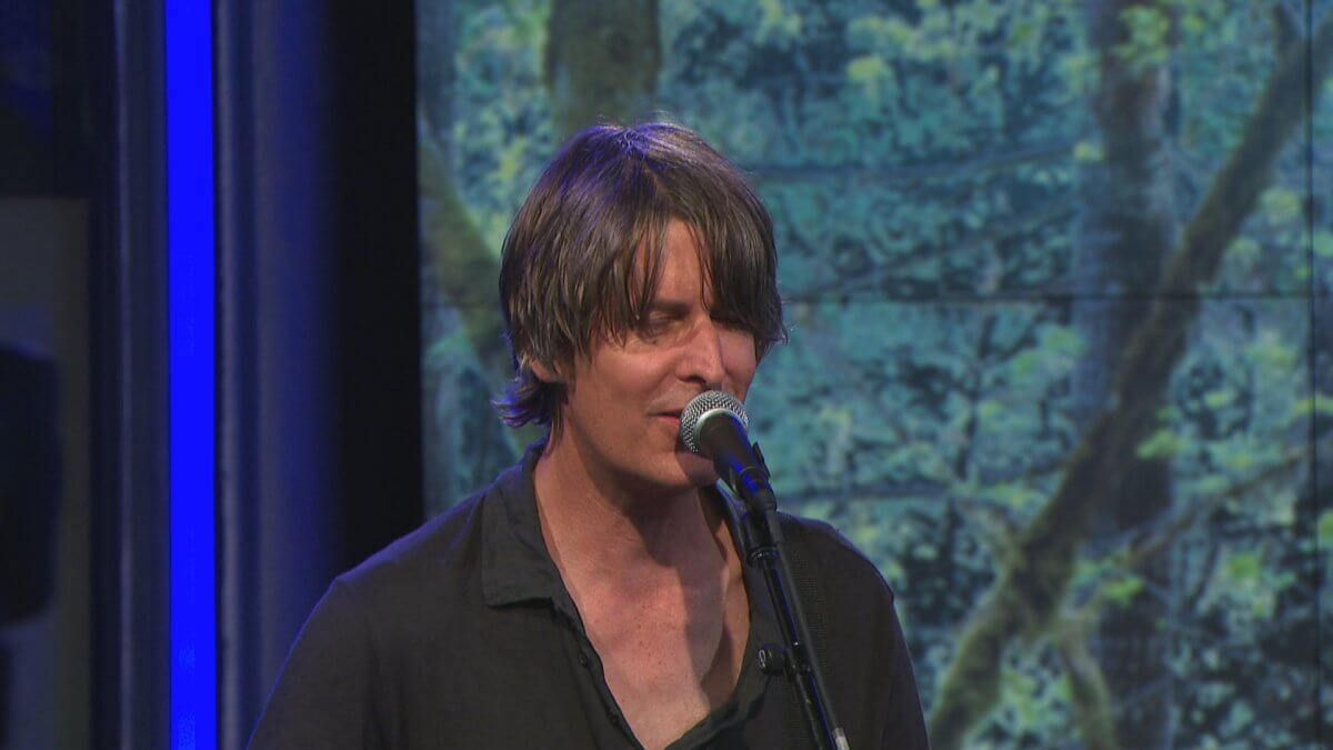 "Stephen Malkmus & The Jicks – ""Solid Silk"", From ""CBS This Morning (Saturday Sessions)"""
