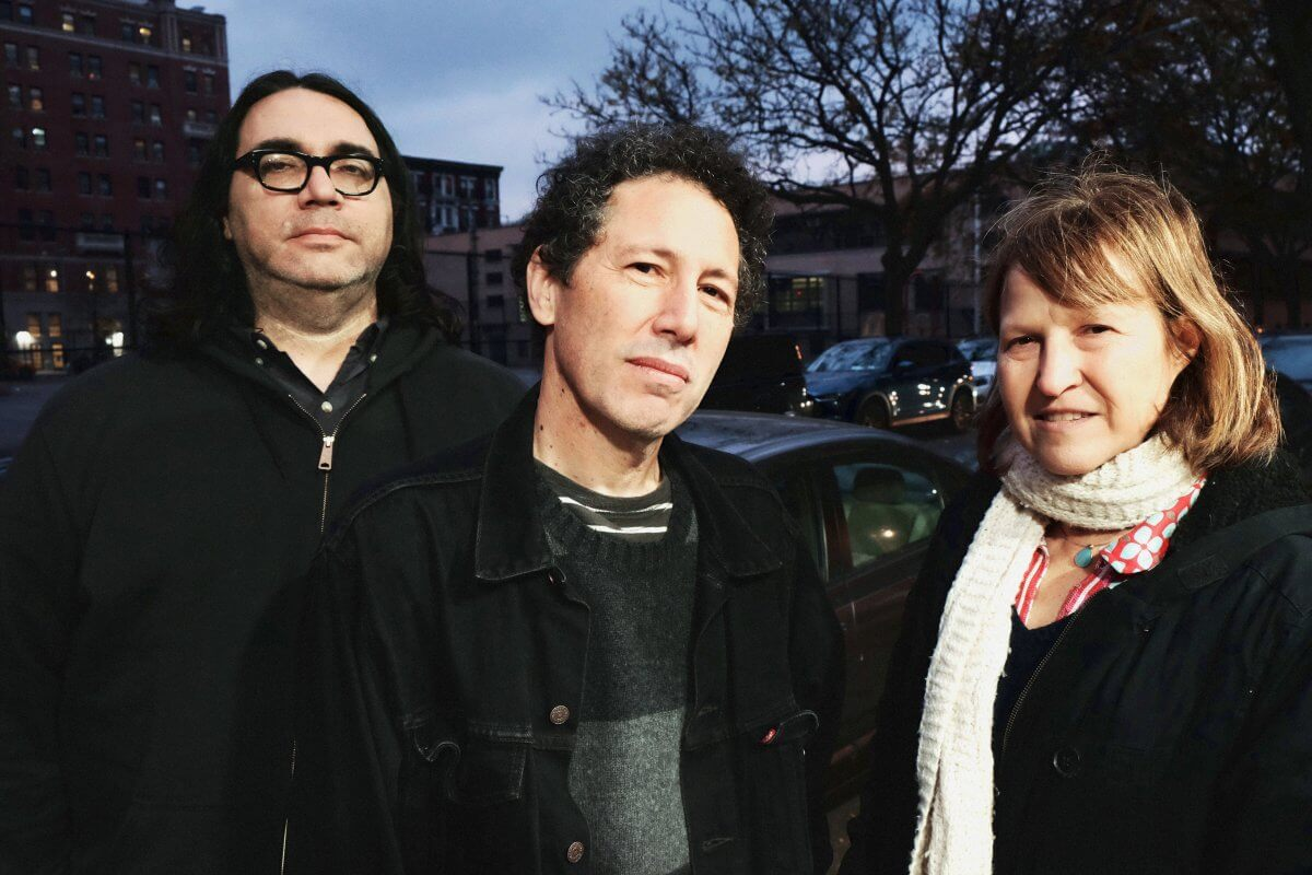 "Yo La Tengo – ""Shades Of Blue"" b/w ""Time Fades Away"" Spotify Single"