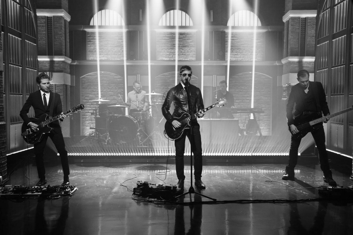 """Interpol – """"If You Really Love Nothing"""" on """"Late Night WIth Seth Meyers"""""""