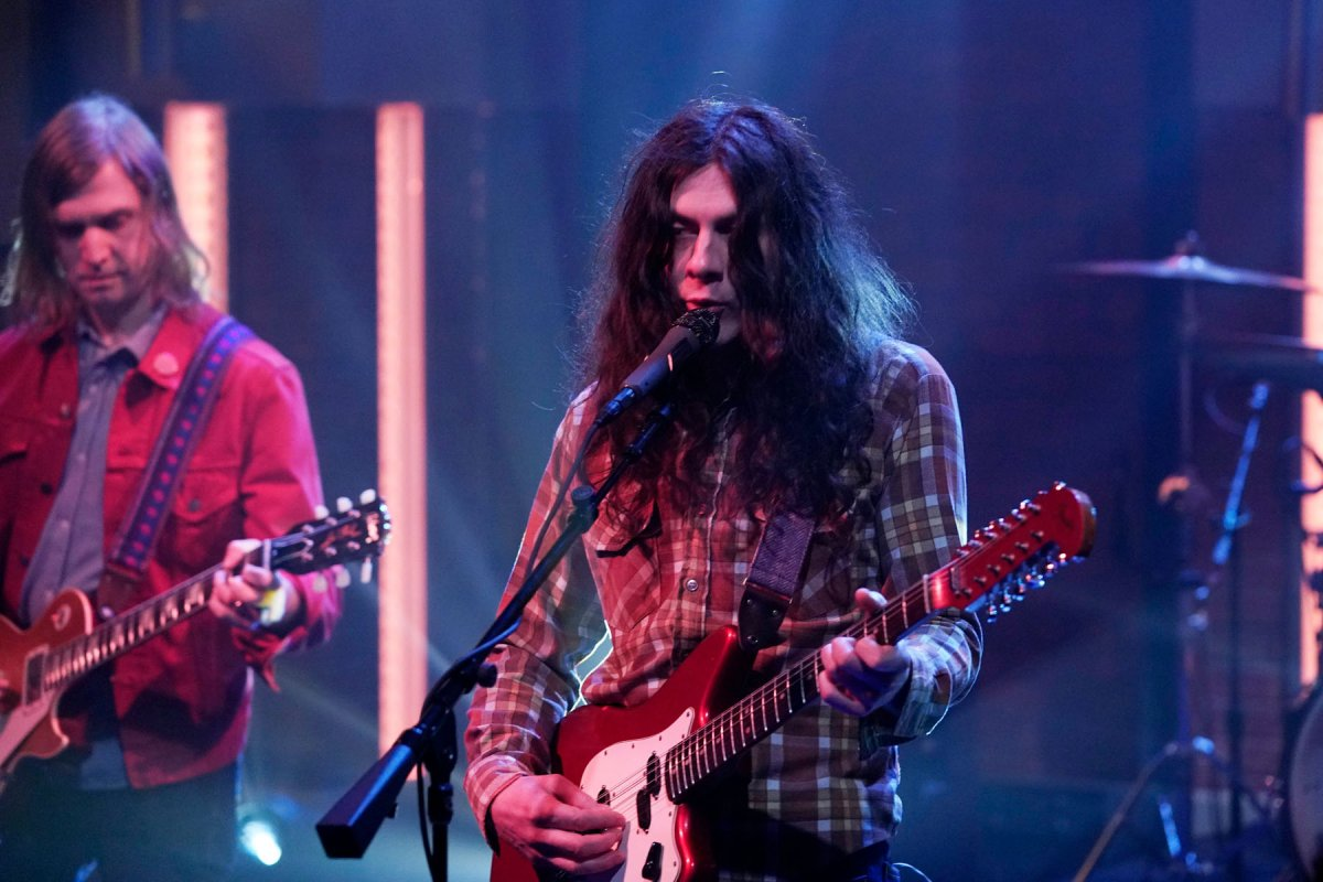 "Kurt Vile – ""Yeah Bones"", From ""Late Night With Seth Meyers"""